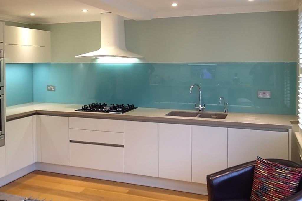 Coloured glass splashback aqua kitchen 2