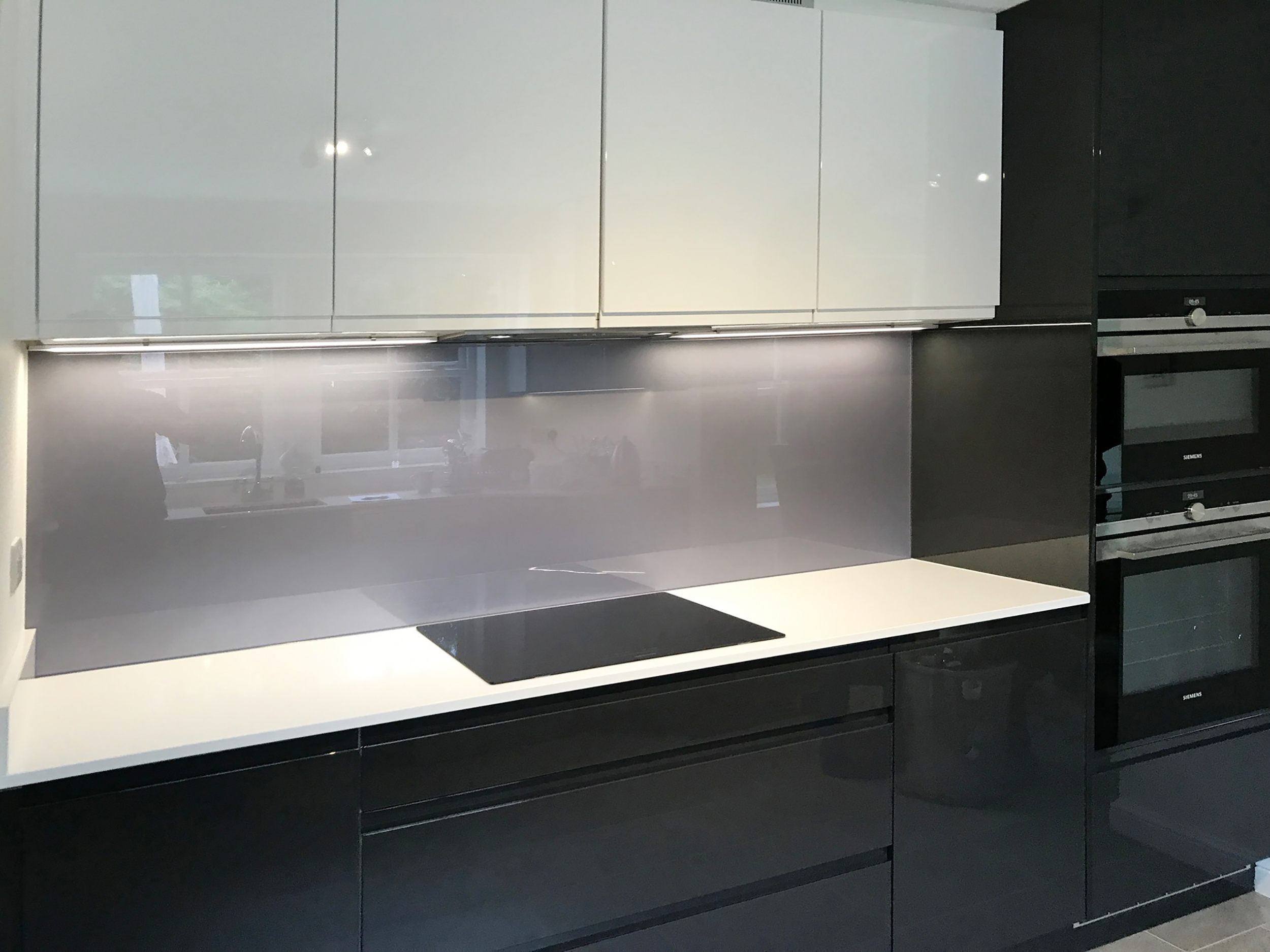 Ordinaire Metallic And Sparkle Coloured Glass Splashbacks   Opti 204 Violet Grey  Metallic Glass Splashback M005