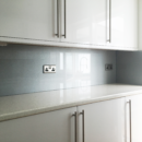 Metallic and Sparkle coloured glass splashbacks - Silver glitter glass splashbacks kitchen 3