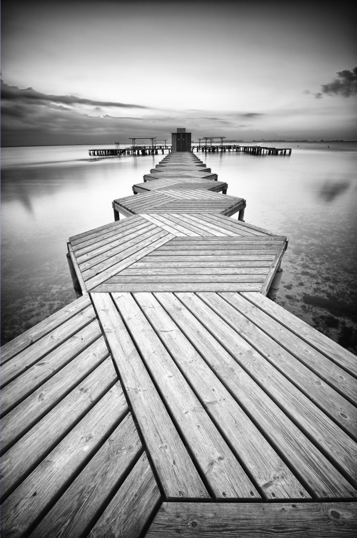 Black And White Zig Zag Dock